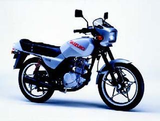 スズキ GS125E 1982 年 8月