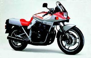 スズキ GSX1100Sカタナ 1983 年