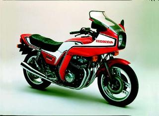 ホンダ CB750Fインテグラ 1982 年 8月