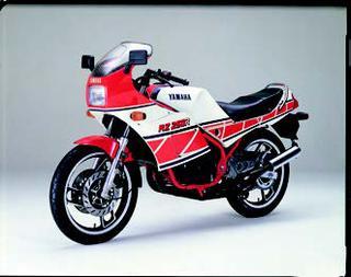 ヤマハ RZ250RR 1984 年 3月