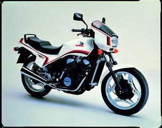 ホンダ NV400SP 1983 年 5月