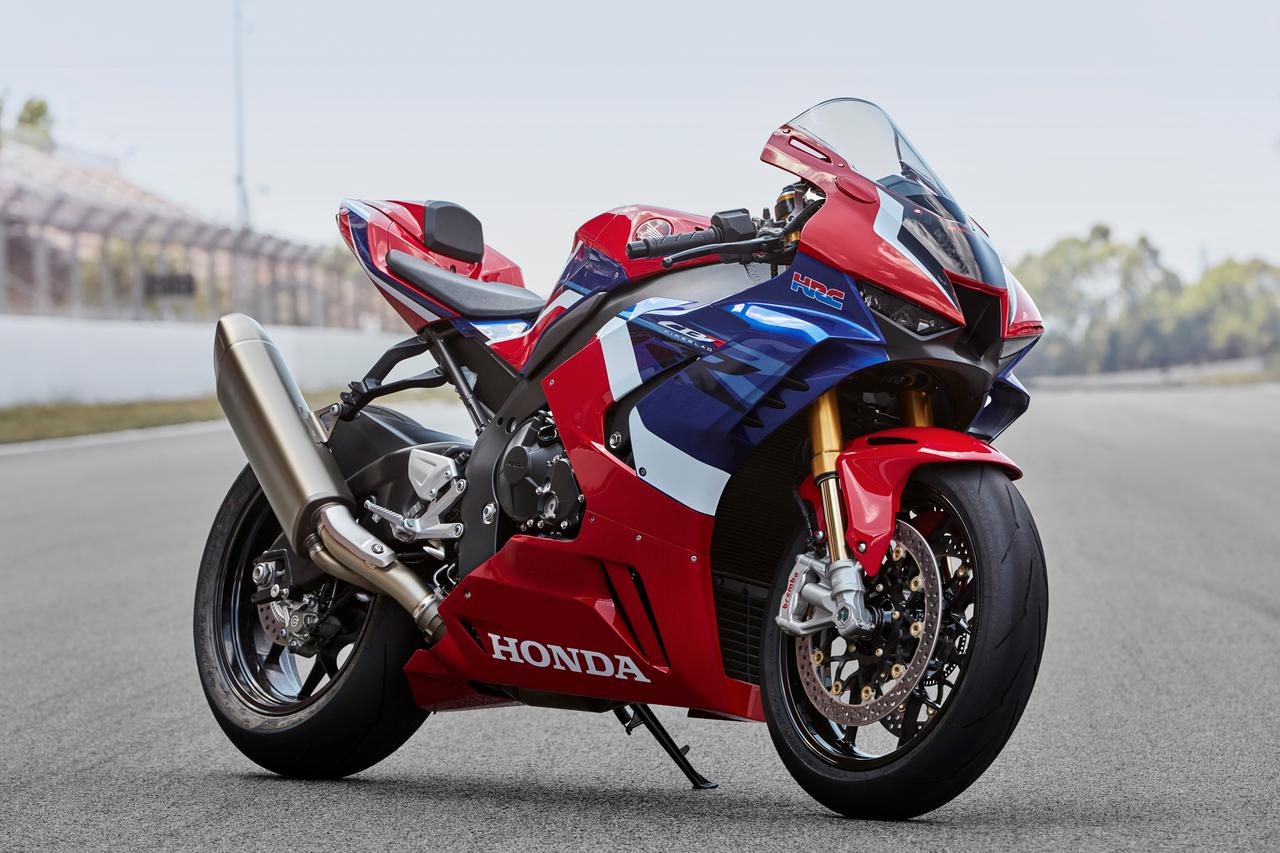 Images : 6番目の画像 - HONDA CBR1000RR-R FIREBLADE SPの写真をもっと見る! - webオートバイ