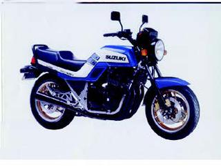 スズキ GSX1100E 1985 年