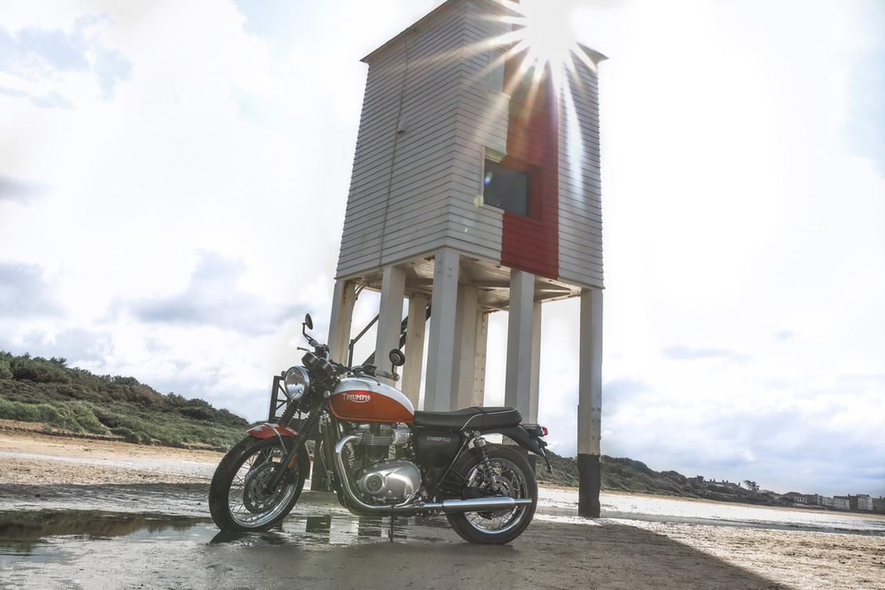 Images : 4番目の画像 - 「Bud Ekins Bonneville T100」の写真をもっと見る! - webオートバイ