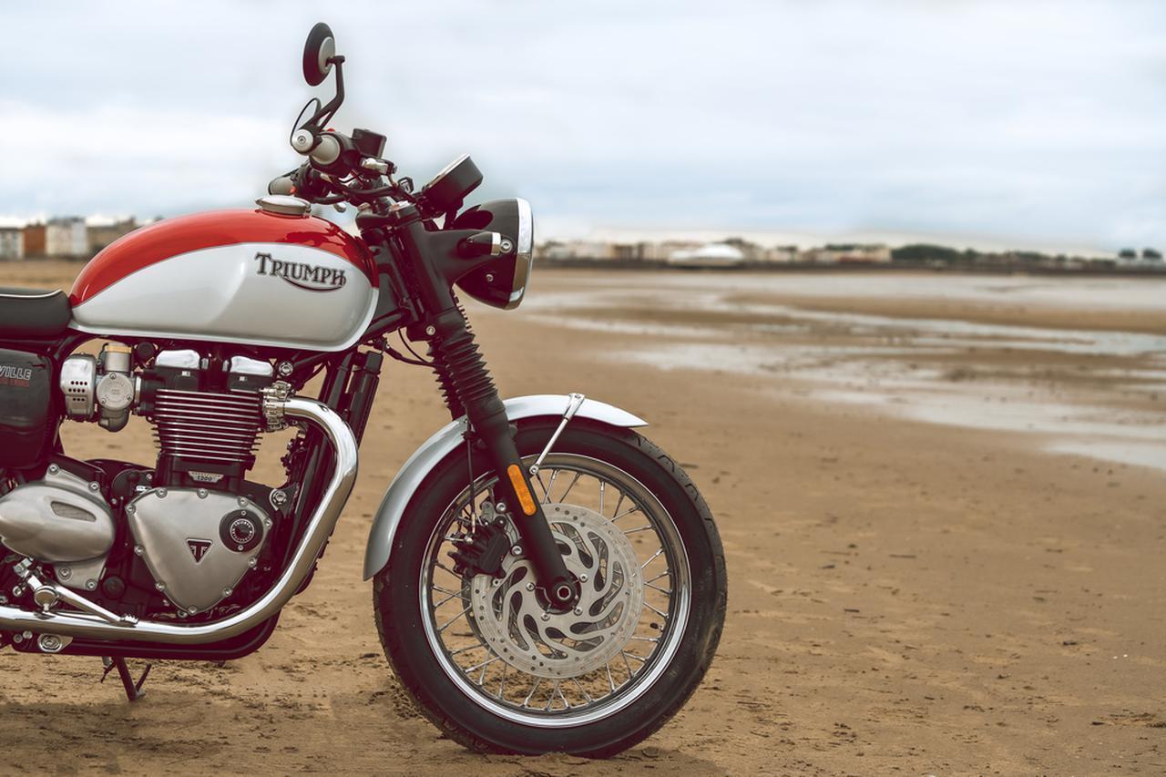 Images : 5番目の画像 - 「Bud Ekins Bonneville T120」の写真をもっと見る! - webオートバイ