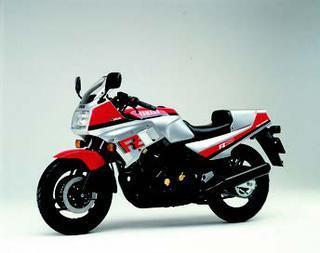 ヤマハ FZ750 1985 年