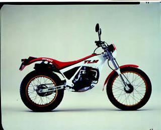 ホンダ TLM200R 1985 年 3月