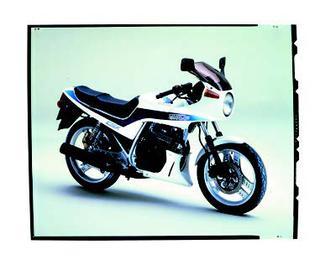 ホンダ CBX250S 1985 年 3月