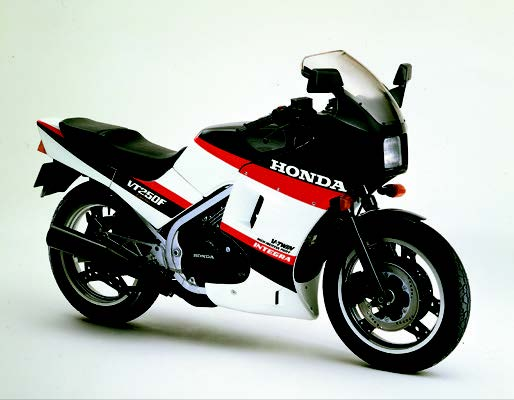 Images : ホンダ VT250Fインテグラ 1985 年 4月