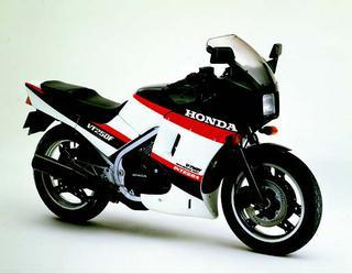 ホンダ VT250Fインテグラ 1985 年 4月