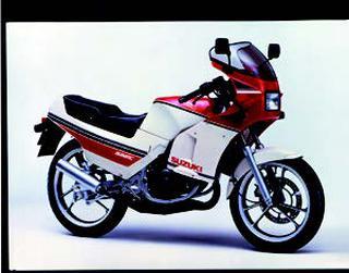 スズキ RG125Γ 1985 年2月