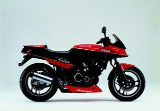 ヤマハ FZ250フェーザーYSP 1985 年 9月
