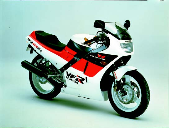 Images : ホンダ VFR400R 1986 年 3月