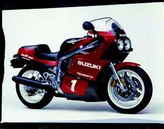 スズキ GSX-R750R 1986 年2 月