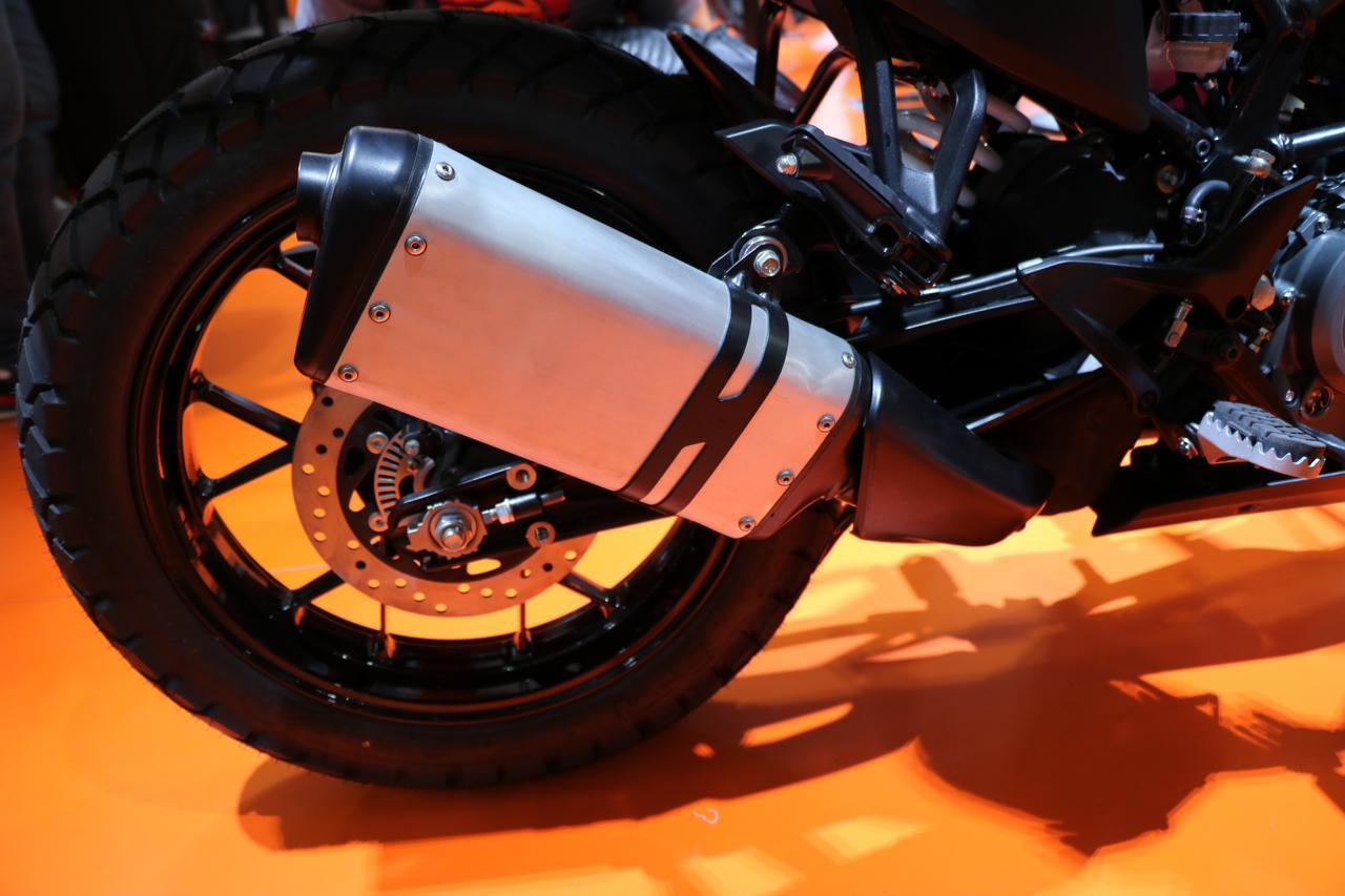 Images : 5番目の画像 - 390 ADVENTUREの写真をもっと見る! - webオートバイ