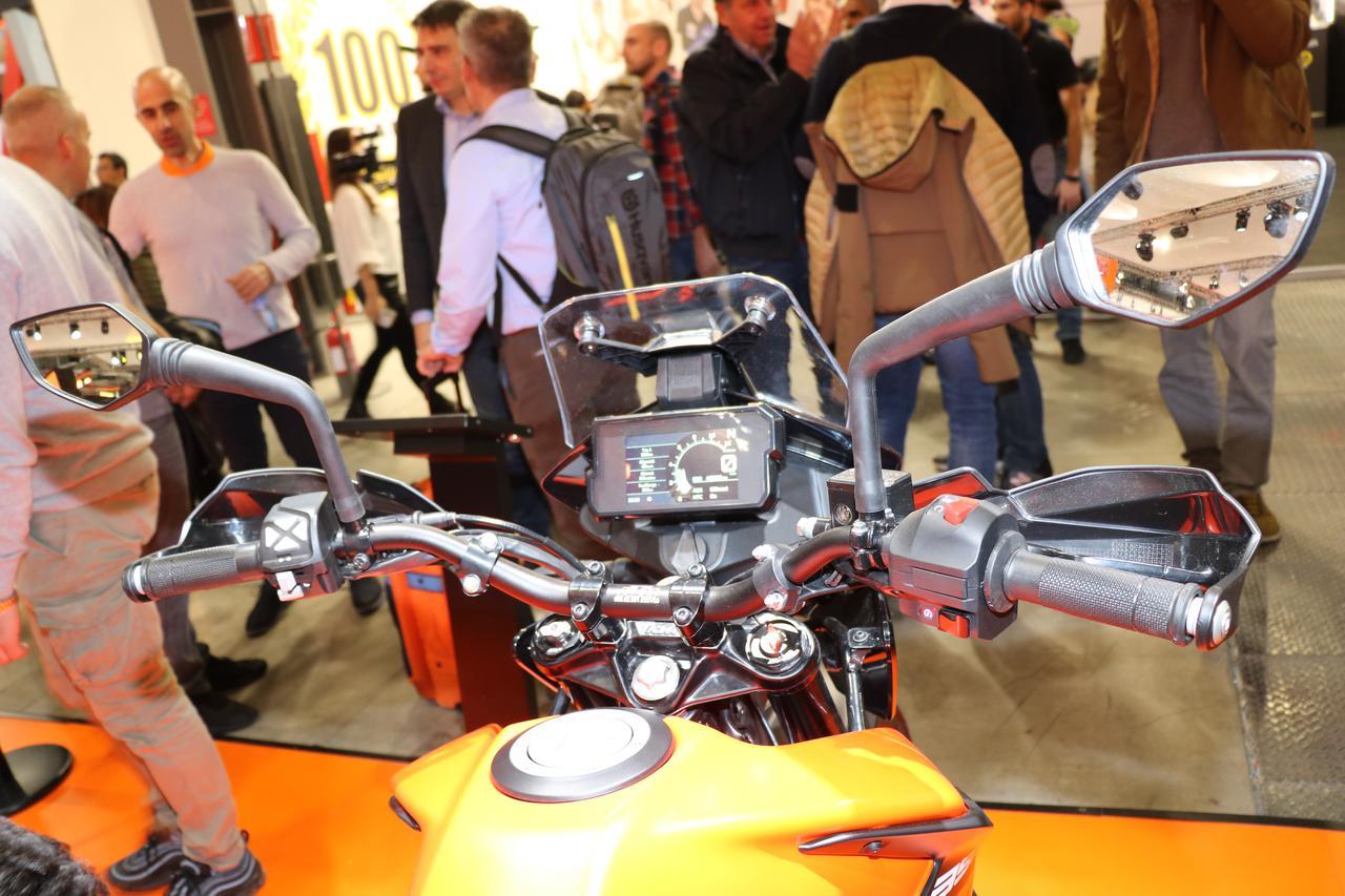Images : 7番目の画像 - 390 ADVENTUREの写真をもっと見る! - webオートバイ