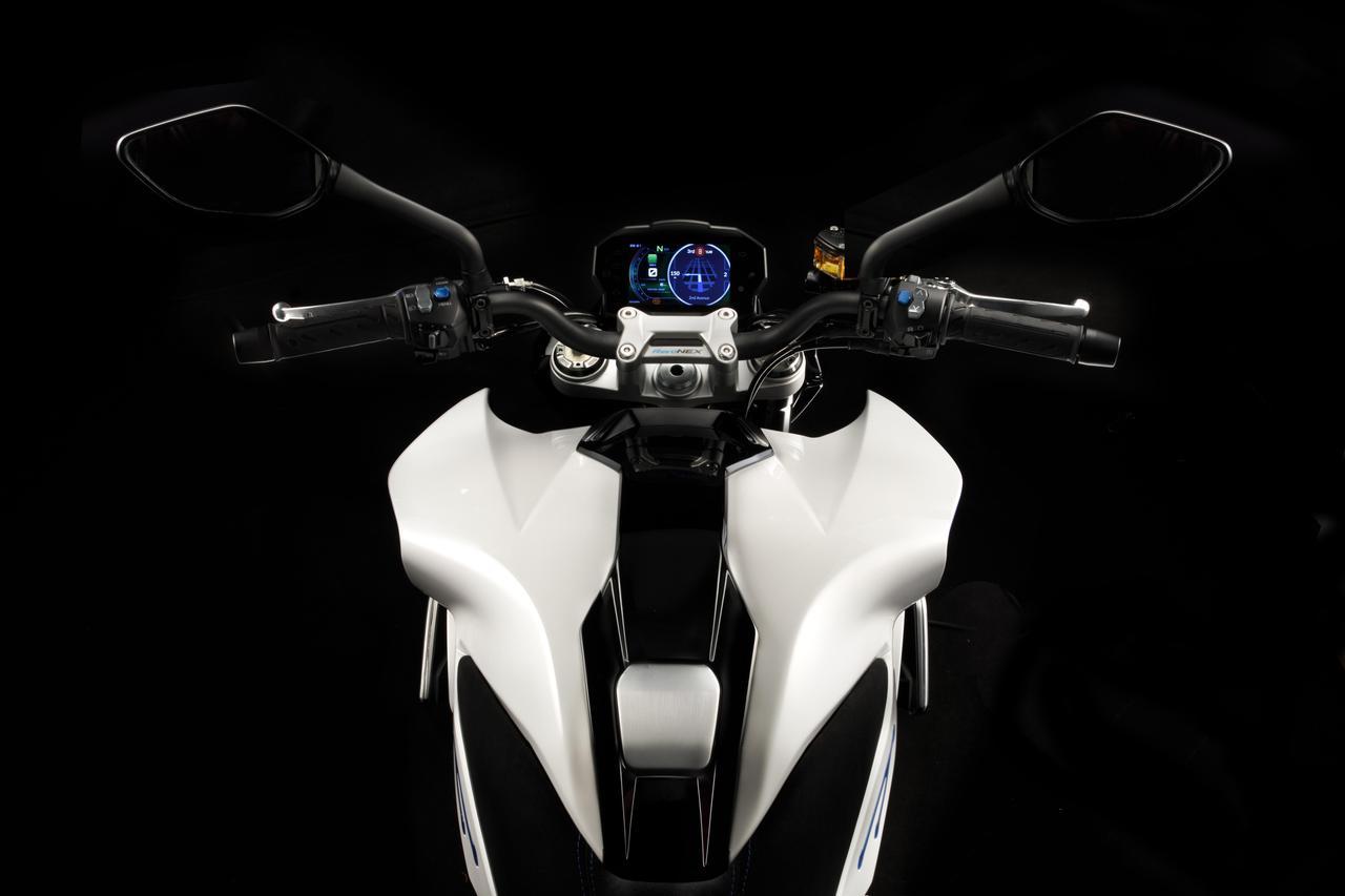 Images : 5番目の画像 - キムコ「RevoNEX」の写真を見る! - webオートバイ
