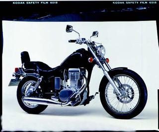 スズキ LS650サベージ 1986 年7月
