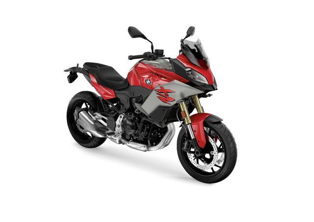 画像2: BMWはニューモデル「F900XR」も発表! ツーリングの快適装備が充実した、大きすぎないアドベンチャースポーツバイク【EICMA 2019速報!】