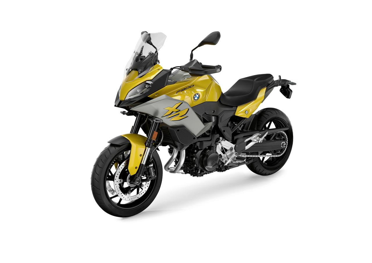画像3: BMWはニューモデル「F900XR」も発表! ツーリングの快適装備が充実した、大きすぎないアドベンチャースポーツバイク【EICMA 2019速報!】