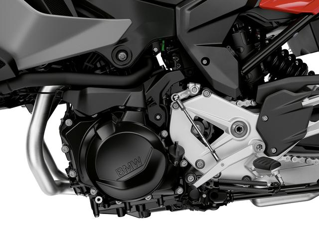 画像2: 「S1000XR」は大きいと思う人にちょうどよさそうな895ccの「F900XR」が誕生