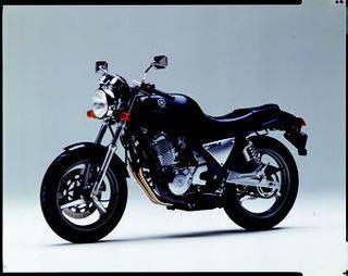 ヤマハ SRX600 1987年2月