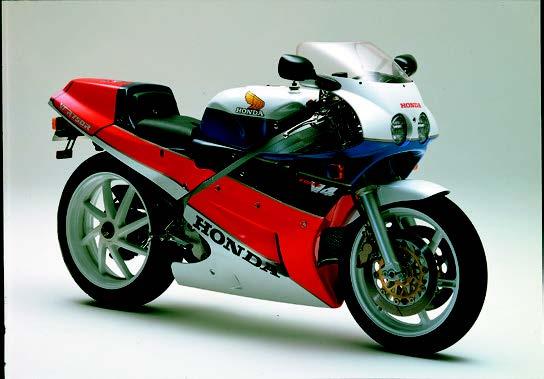 Images : ホンダ VFR750R[RC30] 1987年 8月