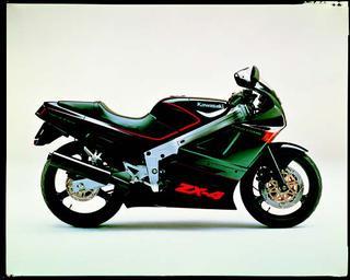 カワサキ ZX-4 1988 年1月