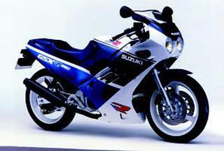 スズキ GSX-R250 1988 年2月