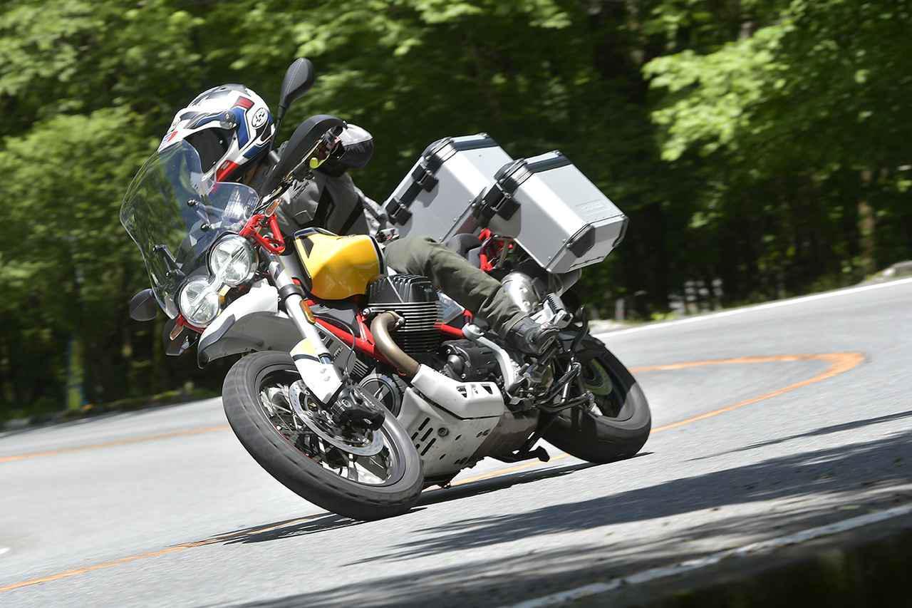 Images : 5番目の画像 - モト・グッツィ「V85TTの写真を全て見る - webオートバイ