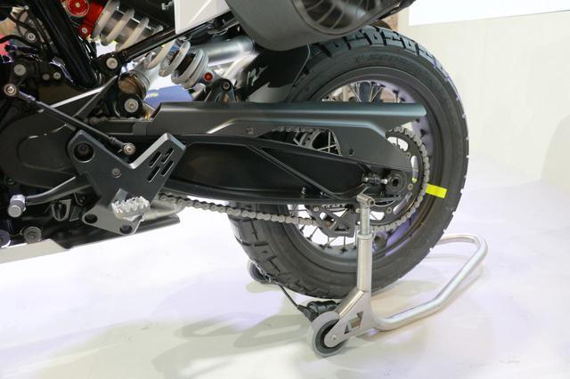 画像6: 同時に発表された890DUKEのエンジンを搭載!