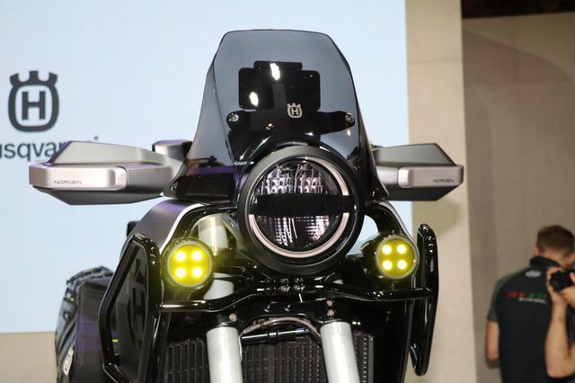 画像3: 同時に発表された890DUKEのエンジンを搭載!