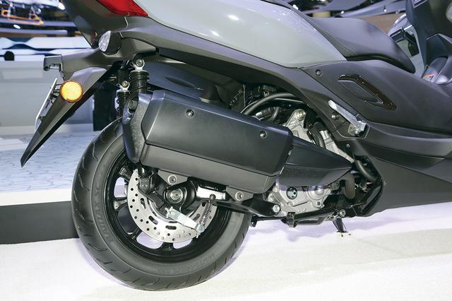 画像: エンジンは海外仕様のX-MAX300がベース。となると国内向けに250㏄仕様販売を期待したいが、全世界用に300㏄を販売しそう。