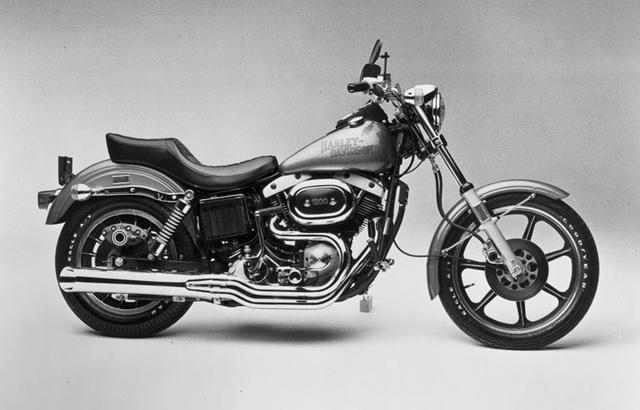 画像: ウィリアム・G・ダビッドソンがデザインした初代「FXSローライダー」1977年モデル。