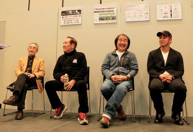 画像2: グリーンリボンライダーSPのバイクを展示、プロレスラー小峠篤司氏を交えたトークショーも開催