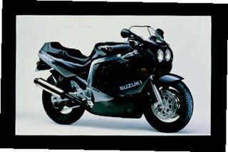 スズキ GSX-R750 1989 年 3月