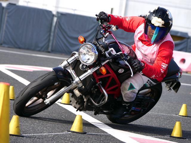 画像: NL級1位・草野涼子選手&VTR250 1分49秒469