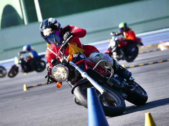 画像: 【オートバイ杯ジムカーナ】第5戦 フォトレポート【その1:表彰台】 - webオートバイ