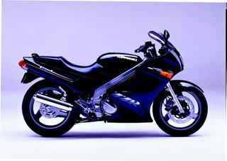 カワサキ ZZR250 1990 年 3月