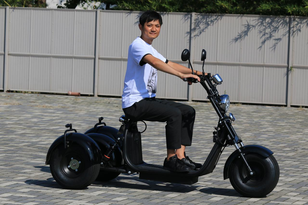 画像: こちらは株式会社KINTONEの代表取締役・渡邊孝祐氏。