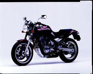 ヤマハ SRX600 1990 年 3月
