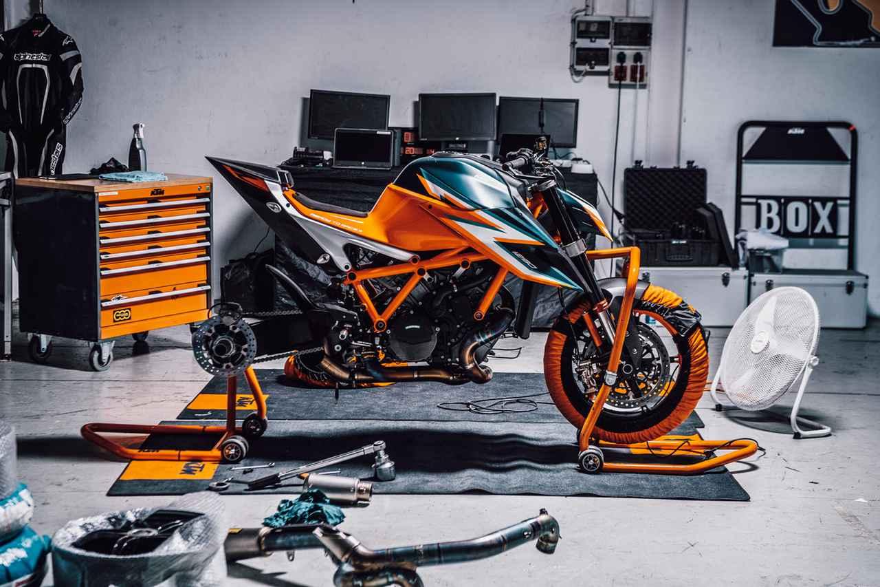 Images : 15番目の画像 - KTM「1290 SUPER DUKE R」の写真を全て見る! - webオートバイ