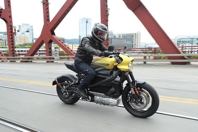 画像: 電動ハーレー「LIVEWIRE(ライブワイヤー)」アメリカで乗ってきました!! - webオートバイ