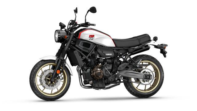 画像2: ヤマハ「XSR700 XTribute」これぞバイクブーム世代に刺さる1台!? モチーフとなったモデルはあの名車!【EICMA 2019速報!】