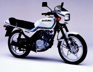 スズキ GS125E 1990 年 8月