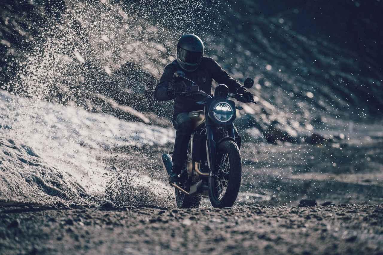 Images : 7番目の画像 - 新型「VITPILEN 701」「SVARTPILEN 701」の写真をもっと見る! - LAWRENCE - Motorcycle x Cars + α = Your Life.