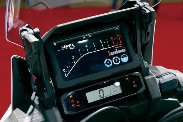 画像3: 充実装備でロングツーリングを快適に! ホンダ「CRF1100L Africa Twin Adventure Sports/ES」を解説