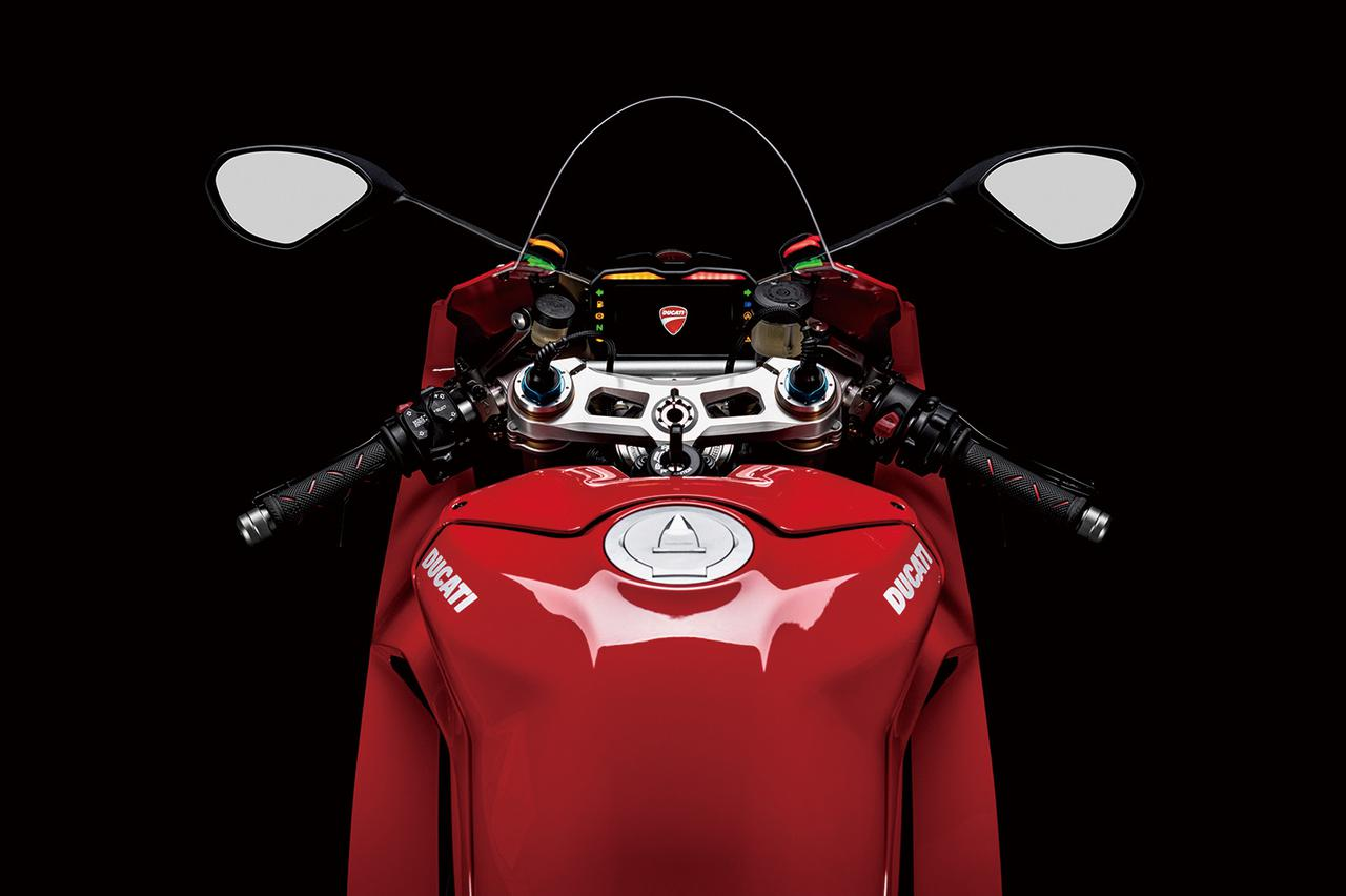 Images : 7番目の画像 - パニガーレV4/Sの写真をもっと見る! - LAWRENCE - Motorcycle x Cars + α = Your Life.