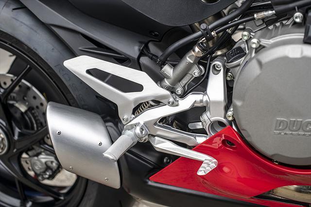 画像14: 【動画あり】DUCATI Panigale V2「トップたる所以。V2に込めた熱量を識る」 (松井勉)♯Web Mr.Bikeインプレッション