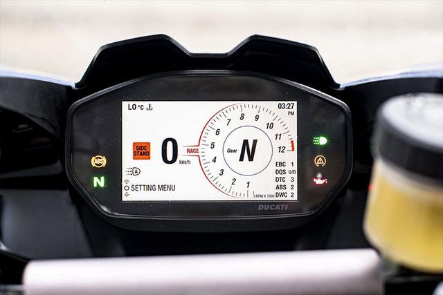 画像12: 【動画あり】DUCATI Panigale V2「トップたる所以。V2に込めた熱量を識る」 (松井勉)♯Web Mr.Bikeインプレッション
